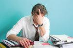 Viele Menschen leiden regelmäßig unter Kopfschmerzen