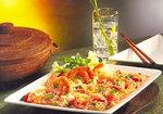 Gebratener Reis und Garnelen nach asiatischer Art