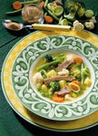 Gemüsesuppe mit Fleisch
