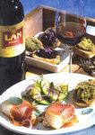 Kabeljau im leckeren Serrano Mantel dazu Zucchini und Olivenbrot