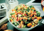 Salat mit Fischstäbchen nach mexikanischer Art