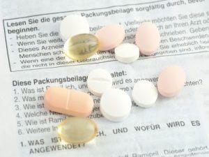 Pillen auf Beipackzettel