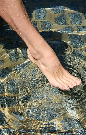 Fuß im Wasser.