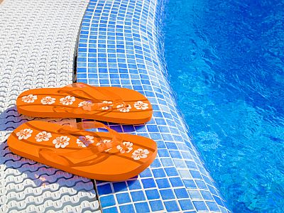 Flip-Flops am Pool