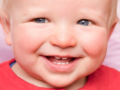 Ab dem ersten Milchzahn zum Zahnarzt