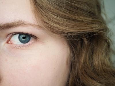 Eine Corona-Infektion ist auch über das Auge möglich