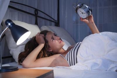 Corona-Stress kann Schlafstörungen zur Folge haben